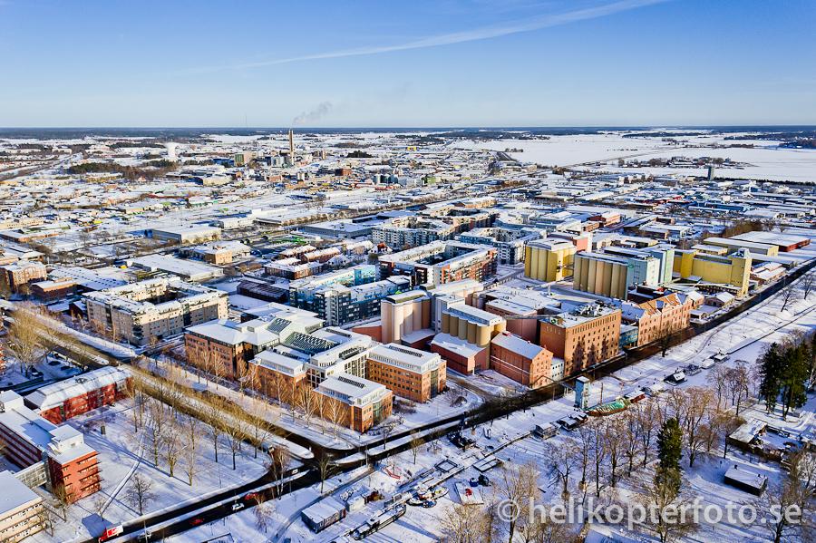 Flygfoto från Uppsala på vintern