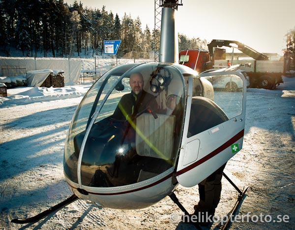 Robinson R22 helikopter för flygfoto