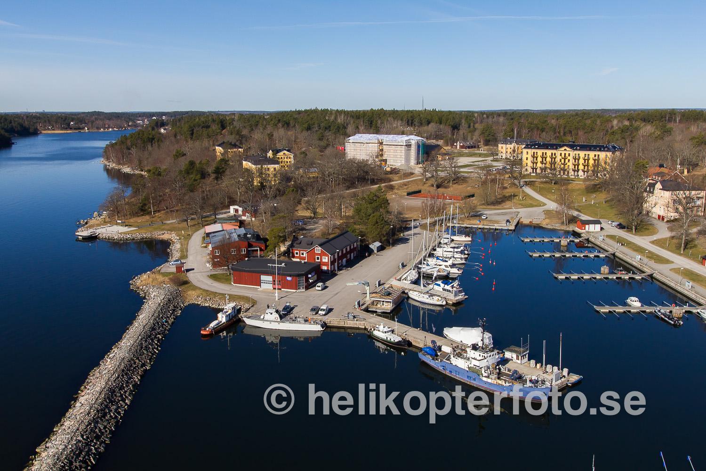 flygfoto över hamnen på Am1