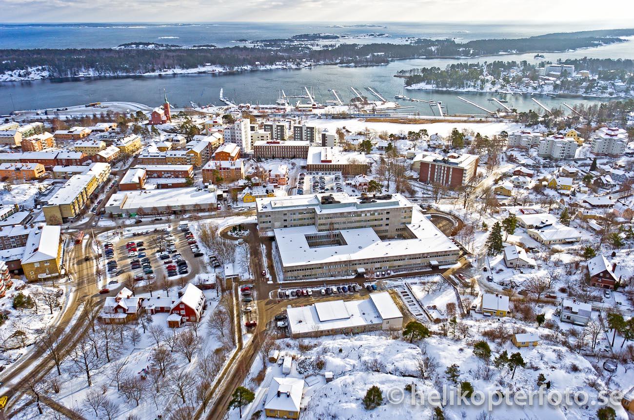flygfoto Nynäshamns sjukhus från drönare