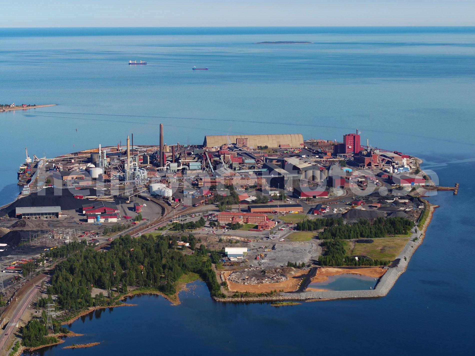 Flygbild av Bolidens smältverk i Skelleftehamn