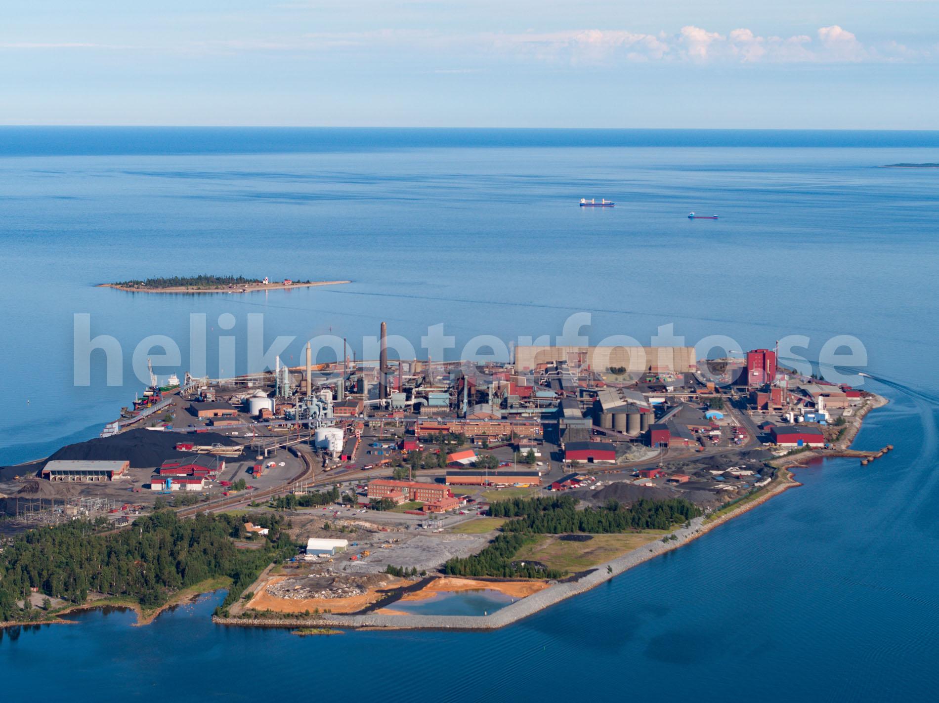 Drönarfoto över Rönnskär, Skelleftehamn