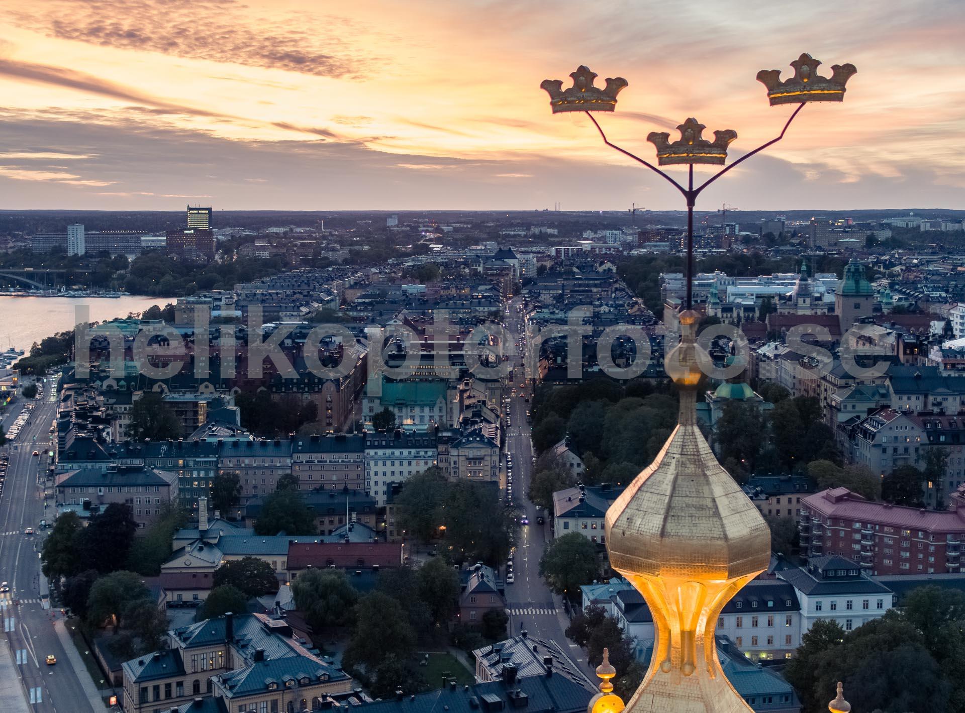 Flygfoto av Stadshuskronorna, Stockholm